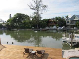 CORAL CASTLE - Holmes Beach vacation rentals