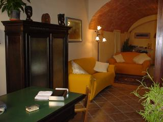 Bed and Breakfast Le Tre Perle Near Siena - Colle di Val d'Elsa vacation rentals