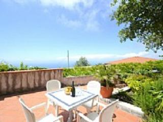 Appartamento Cerasella F - Termini vacation rentals