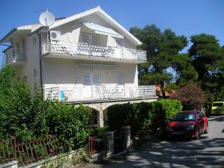 Nice apartments excellent peaceful location A2+2B - Tkon vacation rentals