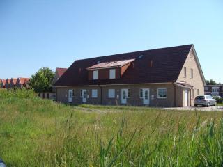 Luxus-Ferienwohnung in Norddeich nur 1 Minute zum Meer - Lower Saxony vacation rentals