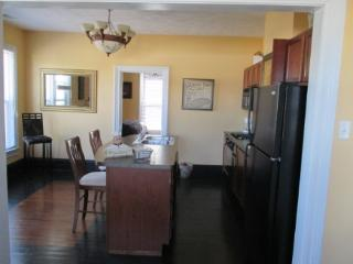Lighthouse apt. Great location right by Lighthouse Outlet Mall See the Sale! - LaPorte vacation rentals