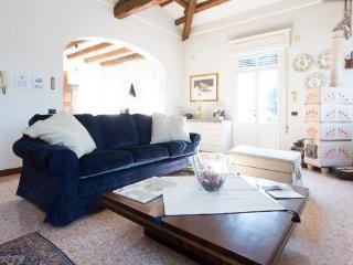 Apartment Brandolese - Italy vacation rentals