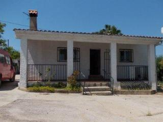 Villa Turis in Valencia - Cortes de Pallas vacation rentals