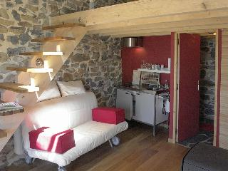LeFritz - Queyrières - Saint-Julien-Chapteuil vacation rentals