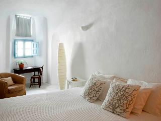 Private Villa with stone built large jacuzzi - Santorini vacation rentals