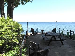 All Season Retreat on Lake Simcoe - Shanty Bay vacation rentals