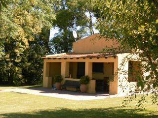 Excelent cottage in San Antonio de Areco - Province of Buenos Aires vacation rentals
