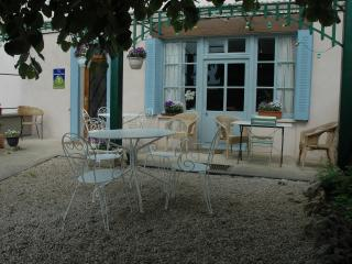 The Belle Epoque Guest House in the heart of Burgundy - Chatillon-sur-Seine vacation rentals