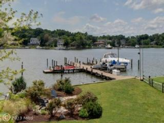 Beautifully water front Contemporary Home in Bay R - Annapolis vacation rentals