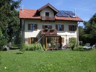Vacation Apartment in Murnau - 452 sqft, beautiful, quiet, central (# 4109) - Murnau vacation rentals