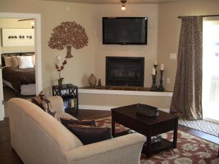 Most Amennities & Best Price:WiFi, Hot Tub, Fire.. - Big Sky vacation rentals
