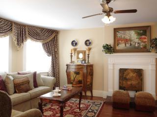 3BR, 2BA - Jones Street, Monterey Suite - Savannah vacation rentals