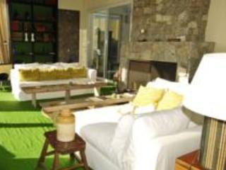 Kilómetro 0 Bed & Breakfast - Colonia Valdense vacation rentals