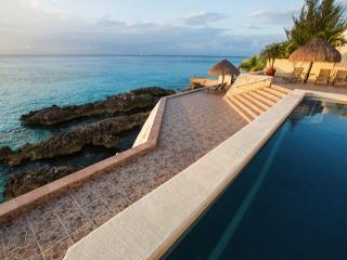 Casa Sheila (5N) - Oceanfront, 5 Min. to Town, Snorkeling, Pool - Cozumel vacation rentals