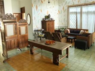 Seturan Vacation House - Yogyakarta vacation rentals
