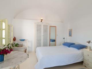 Aphrodite Studio - Oia vacation rentals