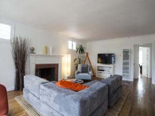 SM Villa Montana 1B - Topanga vacation rentals