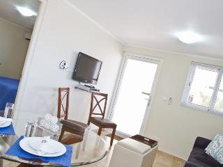 Royal Palm Resort. Moderm one bedroom apartment. In upscale Piscadera Bay. - Willemstad vacation rentals