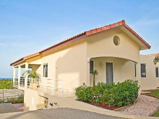 Luxury caribbean townhouse. Royal Palm Resort. In upscale Piscadera Bay. - Willemstad vacation rentals
