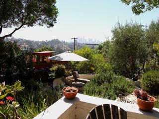 Beautiful Spanish Home, views downtown, Echo Park - South Pasadena vacation rentals