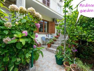 Dubrovnik  apartment  for 2  in mediteran garden - Southern Dalmatia vacation rentals