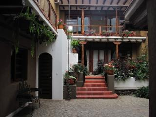 Large studio flat in Cuenca's historic district - Cuenca vacation rentals