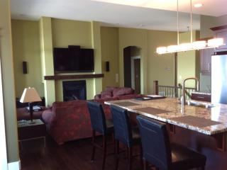 RARE WEEKEND  home Kelowna Getaway! - Kelowna vacation rentals