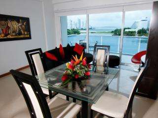 Spectacular spacious 2 Bedrooms in a excellent loc - Cartagena vacation rentals