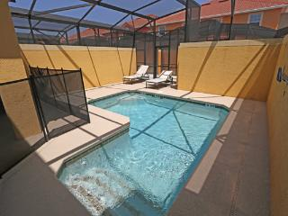 PARADISE PALMS RESORT ORLANDO 8953- 4 Bedroom/3 bath pool and lanai - Kissimmee vacation rentals