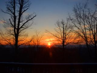 Modern House w/ Spectacular Mountain Sunrises,WIFI - Berkeley Springs vacation rentals