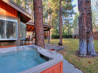 Running Bear - Walk to Snow Summit! Pool Table! - Big Bear Lake vacation rentals