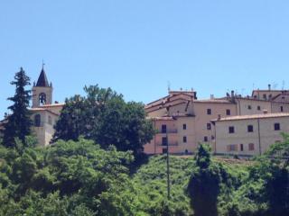 Godi della quiete del Parco Nazionale dei Monti Sibillini nel castello di Todiano. - Preci vacation rentals