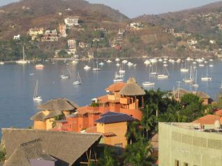 Condo with fantastic view of Zihuatanejo Bay - Troncones vacation rentals
