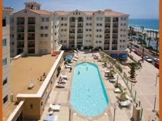 Pool Area - Wyndham Oceanside Pier Oceanview (2 bedroom condo) - Oceanside - rentals