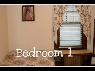 3 bedroom furnished apartment in Staten Island - Staten Island vacation rentals