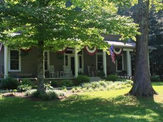 Bowen Farm Bed and Breakfast - Stanton vacation rentals