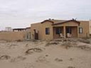 Front porch area - BEACH HOUSE IN BAHIA ASUNCIÓN, BAJA CALIFORNIA - Bahia Asuncion - rentals