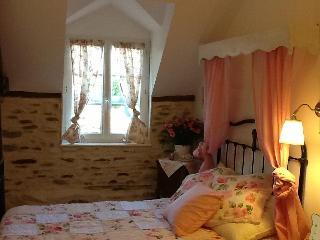 Mont St Michel B&B charming village cottage - Vessey vacation rentals