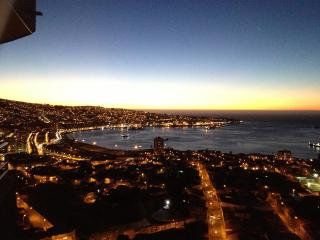 Great apartment with magnificent bay view (180°) - Vina del Mar vacation rentals
