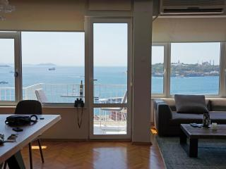 BOSPHORUS SEA VIEW, BALCONY, TAKSIM - Istanbul & Marmara vacation rentals
