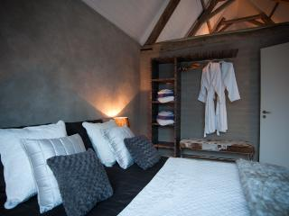 Granary Cottage wellness with B&B at Lendelede (Belgium) - Tournai vacation rentals