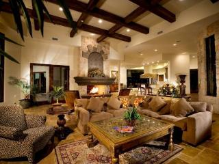 Master Piece with heated infinity pool and spa - Tucson vacation rentals