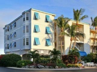 Ocean Pointe Two Bedroom Ocean Views - Florida Keys vacation rentals