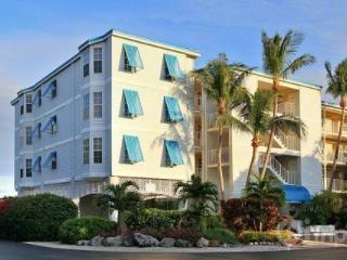 Ocean Pointe Two Bedroom Ocean Views - Miami vacation rentals