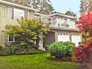 TREE ISLAND B&B ~SAGE SUITE View Ocean & Eagles - - Courtenay vacation rentals