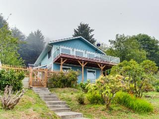 Blue Horizon with Ocean View - Yachats vacation rentals