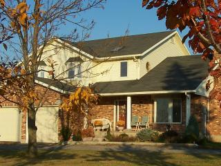 Grapeview Guesthouse Country Farm Vineyard - Beamsville vacation rentals
