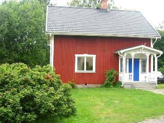 Nice vacation house in the middle of nature - Swedish Lakeland vacation rentals