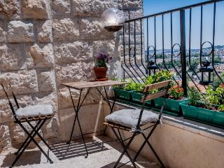 Sunny and peacfull in Jerusalem - Srigim vacation rentals